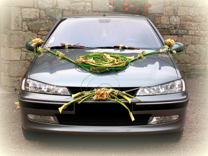 Voiture de mariage fleuriste d coratrice en bretagne for Decoration 2cv mariage