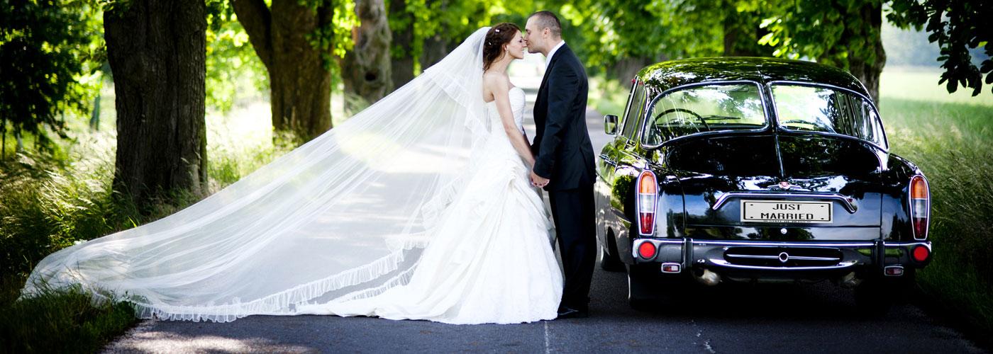 Voiture de mariés, Fleuriste décoratrice en Côtes d\u0027Armor